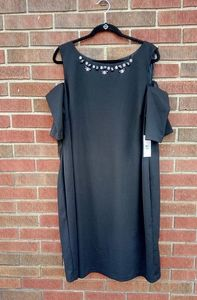 Black cold shoulder elegant cocktail formal dress